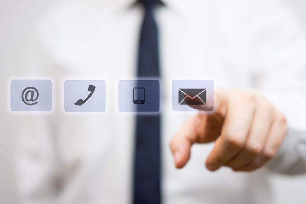 Wir freuen uns über Ihre Nachrichten, Vorschläge oder Fragen: Nutzen Sie das Kontektformular bei Ihren Polstermöbelspezialisten in 48308 Senden-Bösensell und 59368 Werne